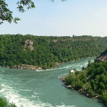 Explore and Experience Niagara